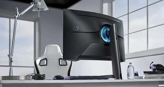 monitor 32 pollici samsung C32G75T
